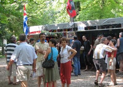 La Fête est un rassemblement convivial et intergénérationnel autour d'une équipe active et militante !